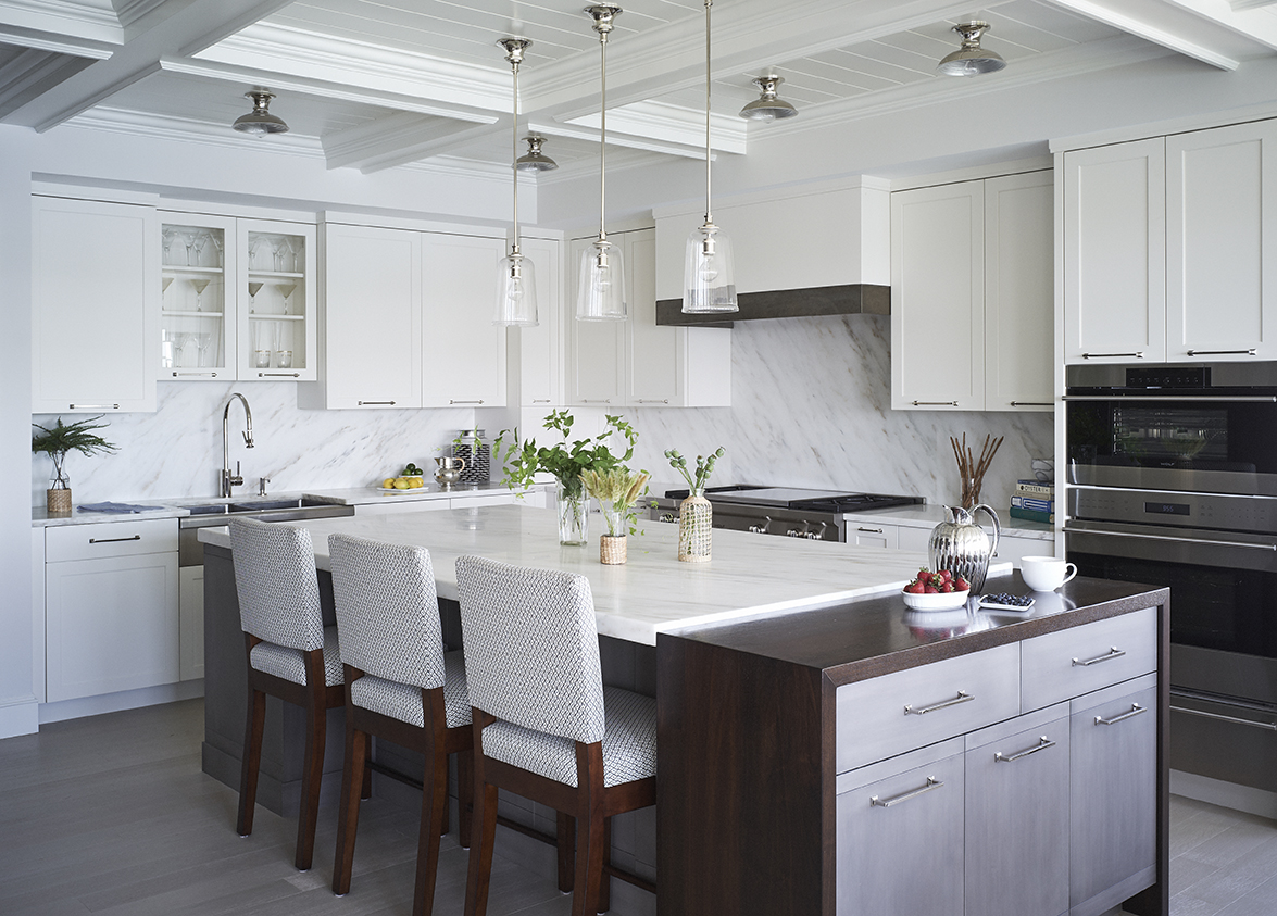 dining-room-kitchen-by-liz-caan-interior-design-chatham-windward-on-stage-island