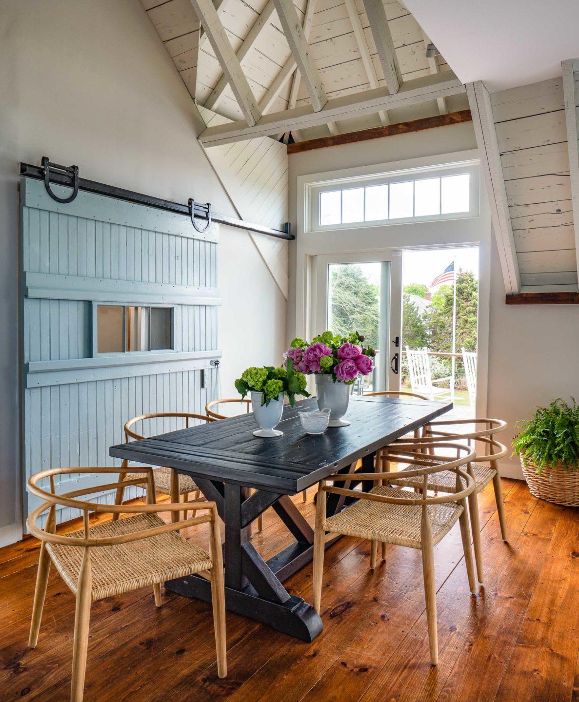 dining-room-by-liz-caan-interior-design-falmouth-barn