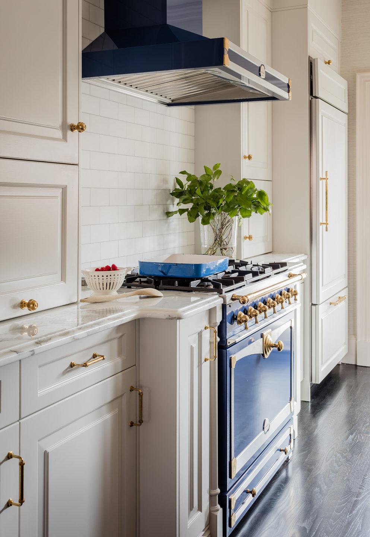 kitchen-by-liz-caan-interior-design-south-end-brownstone