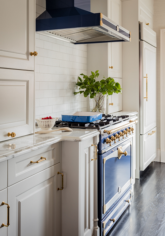 blue-kitchen-range-liz-caan