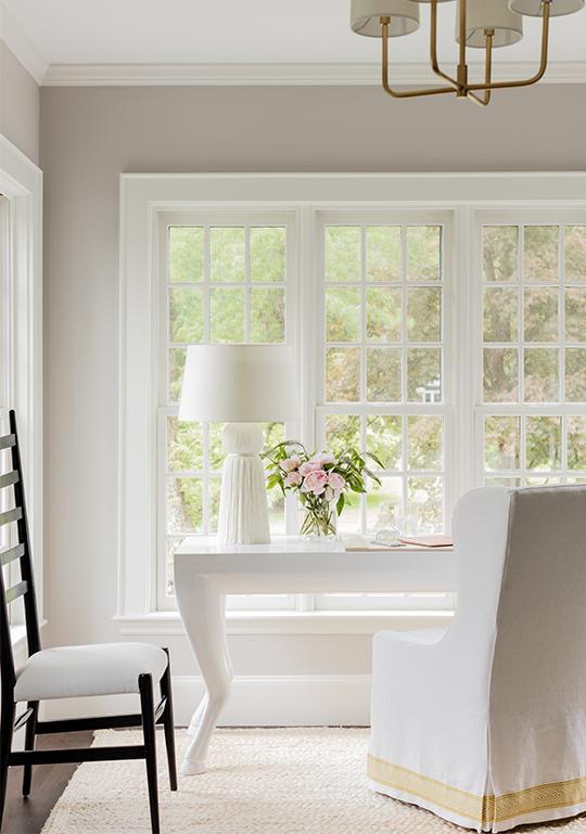 white-desk-image